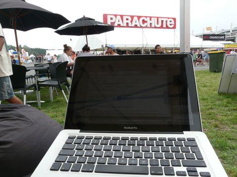 Parachute blogging festival