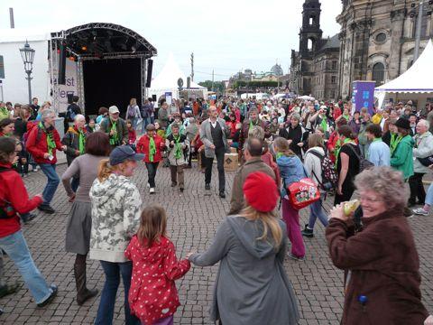 Kirchentag dancing